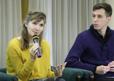 Яна Салахова, експертка; Сергій Пономарьов, директор Ромської програми Міжнародного Фонду Відродження