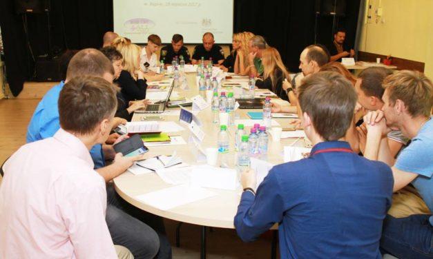 Круглий стіл зі зміцнення громадського діалогу у Харкові